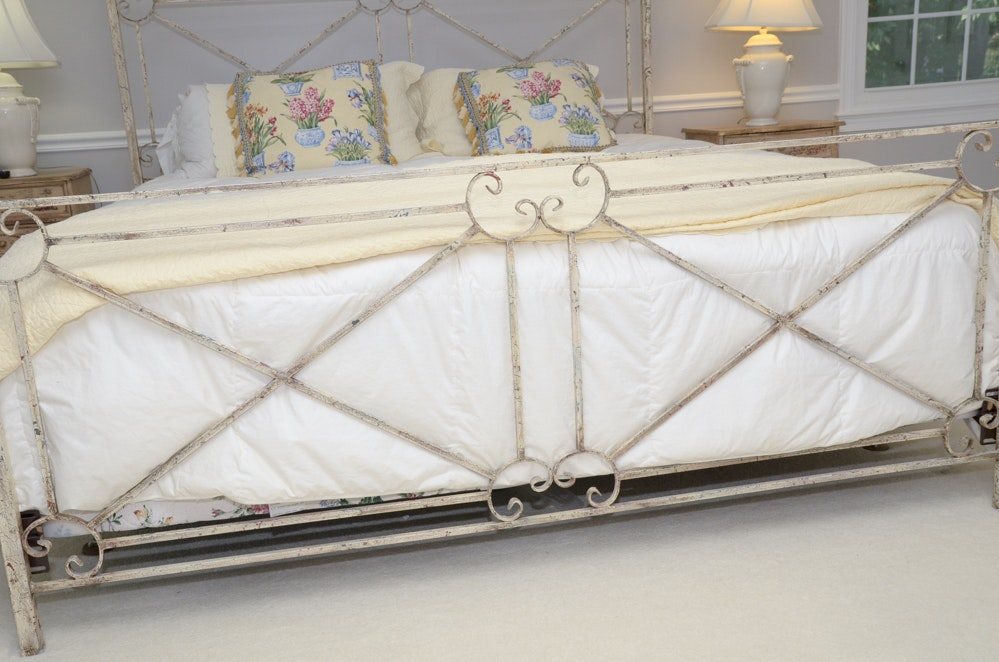 French style painted metal king canopy bed ebth for French style gazebo