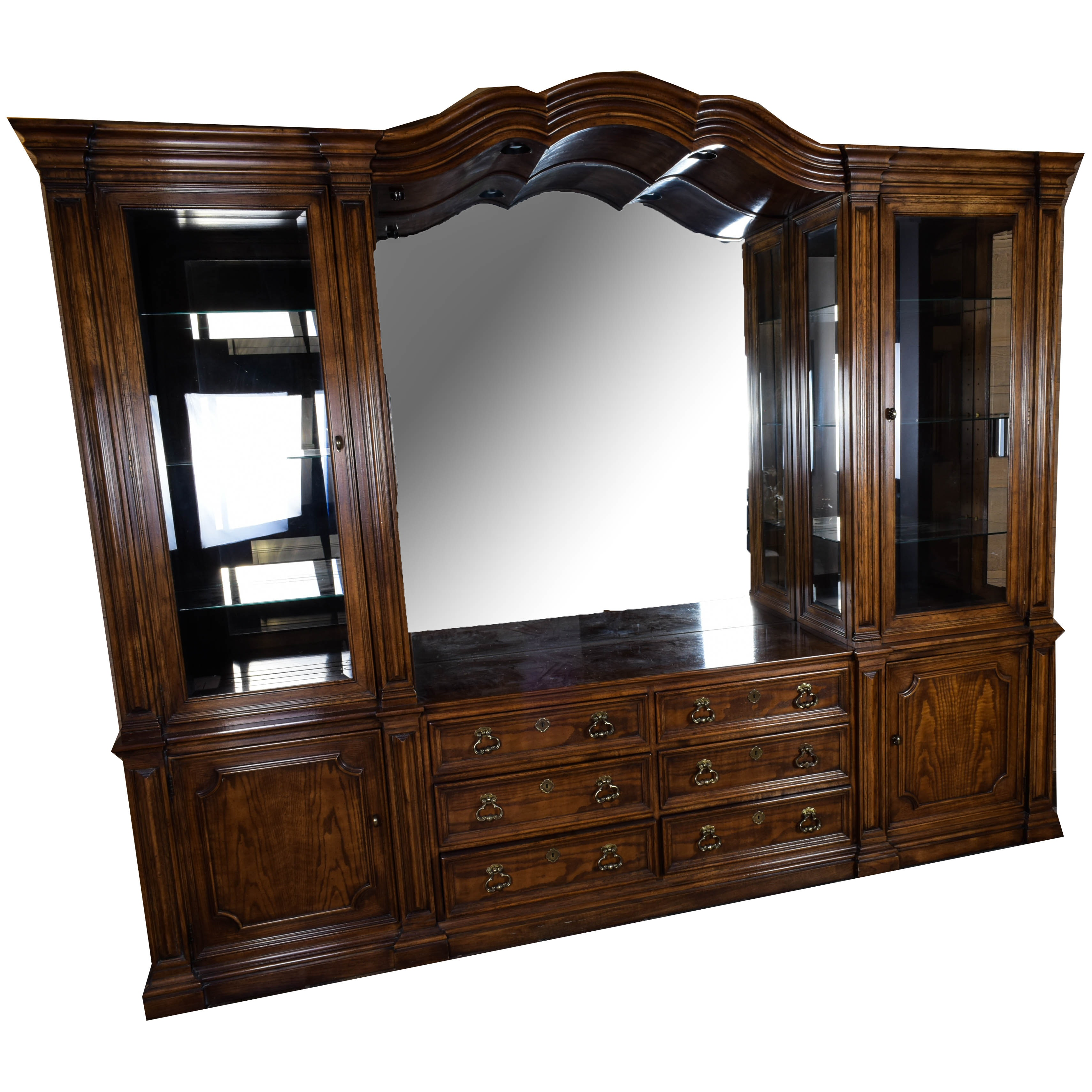 henredon china cabinet with mirror and lighted display : ebth