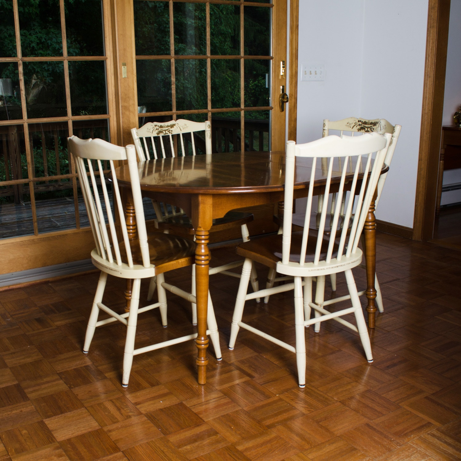 Vintage Hitchcock Dining Table And Chairs ...