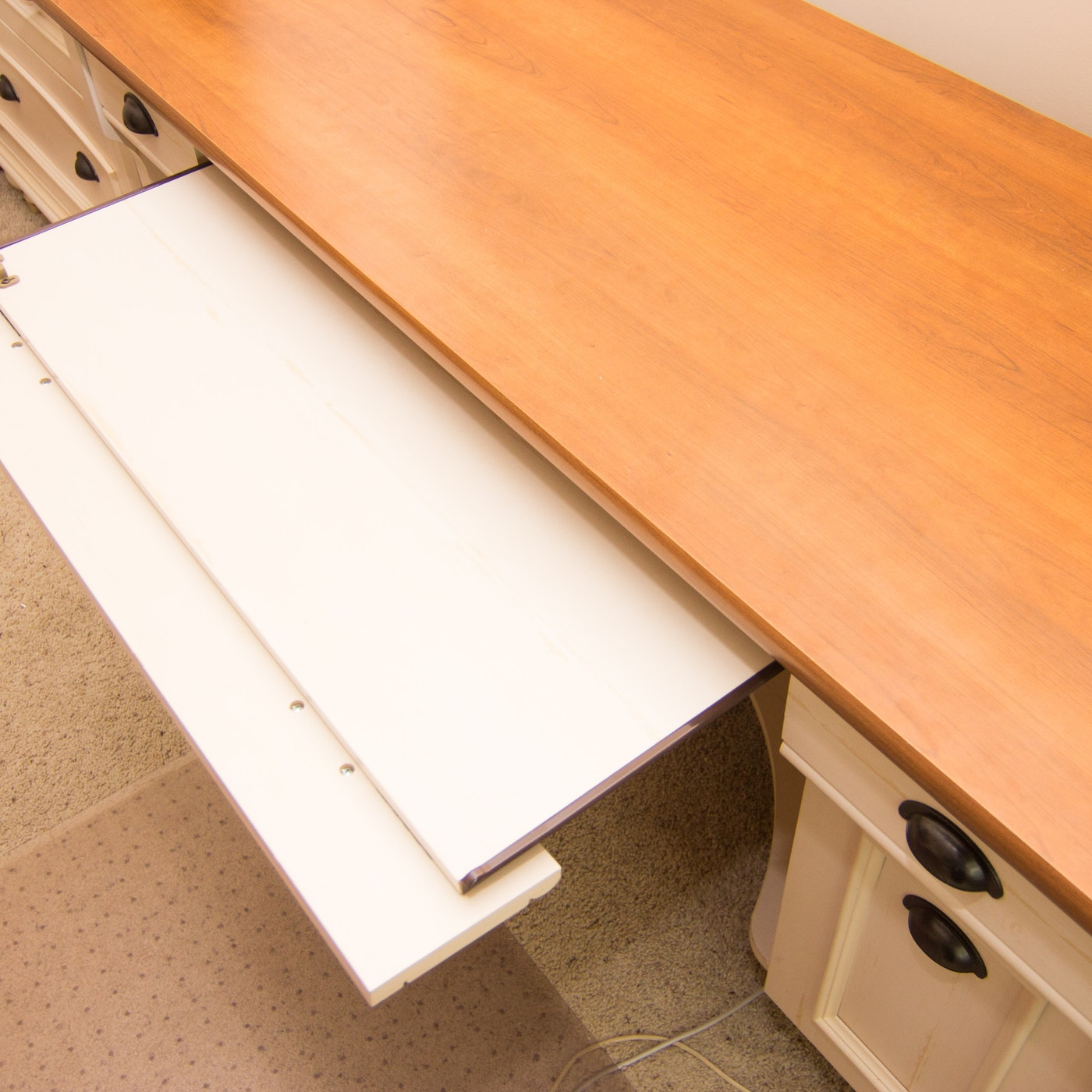 Christopher Lowell Desk | EBTH