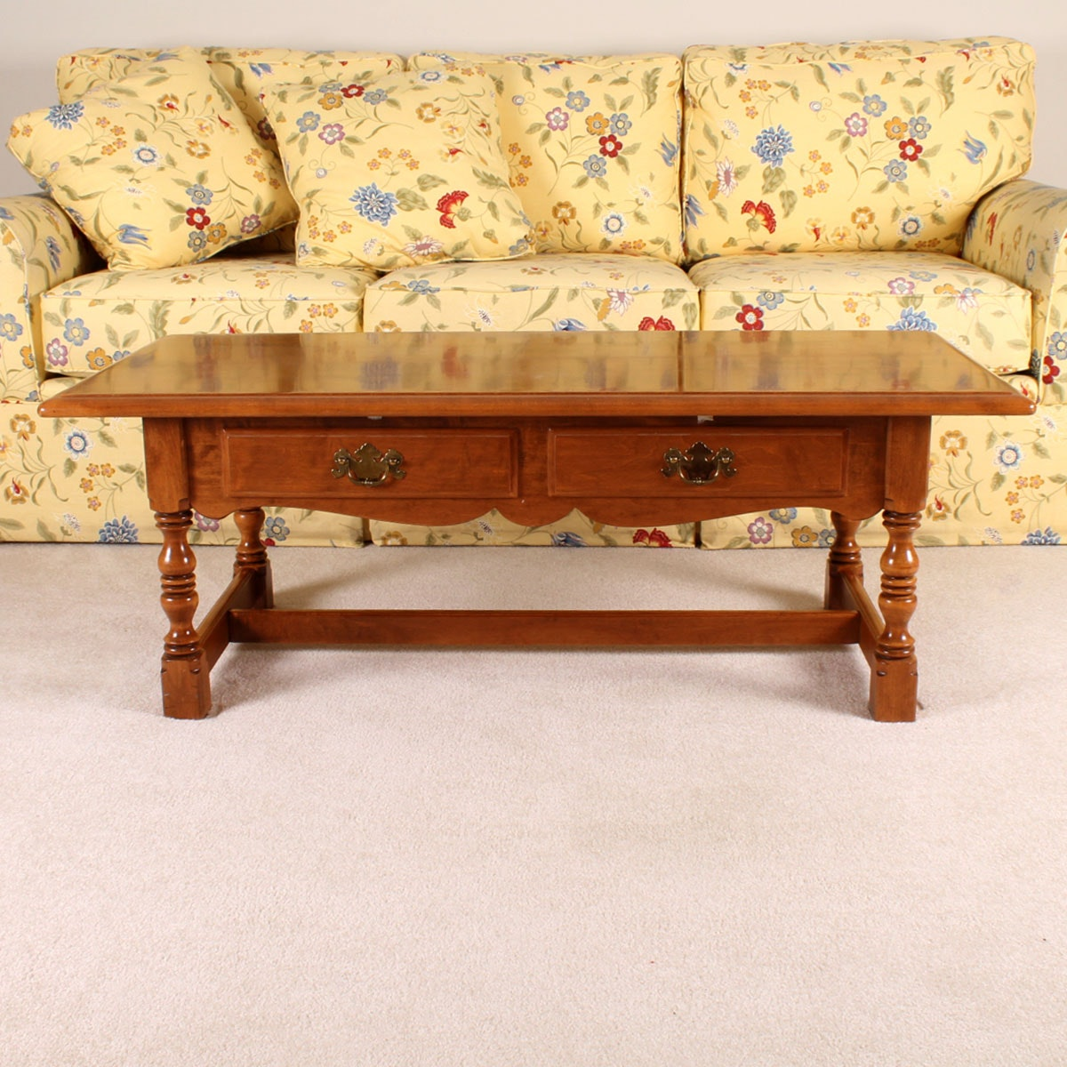 Traditional Coffee Tables Ethan Allen: Ethan Allen Traditional Coffee Table : EBTH
