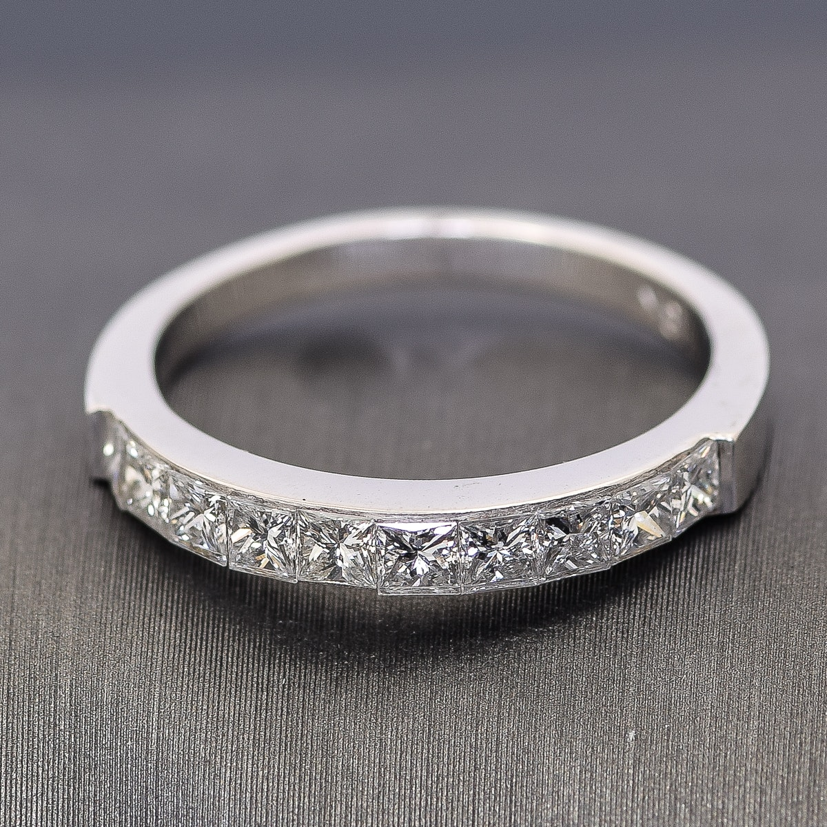 18K White Gold and 1.10 CTW Diamond Band