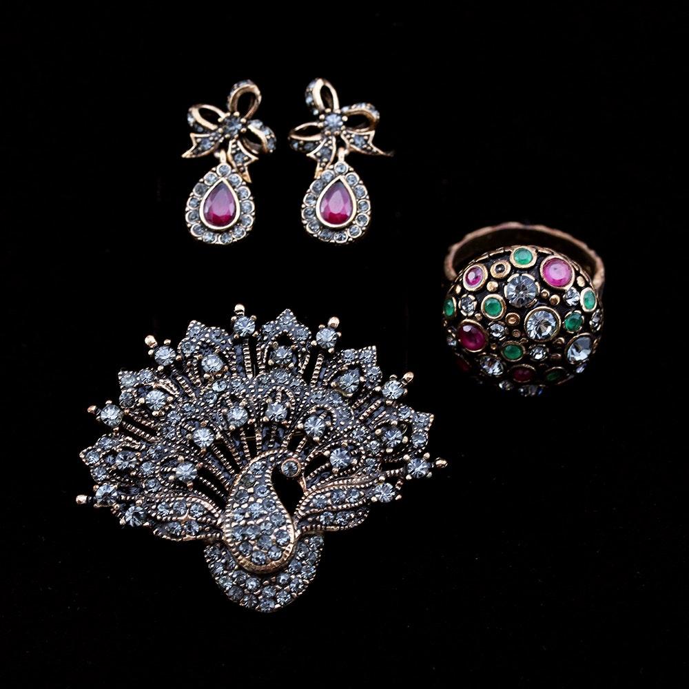 Gray Rhinestone Jewelry