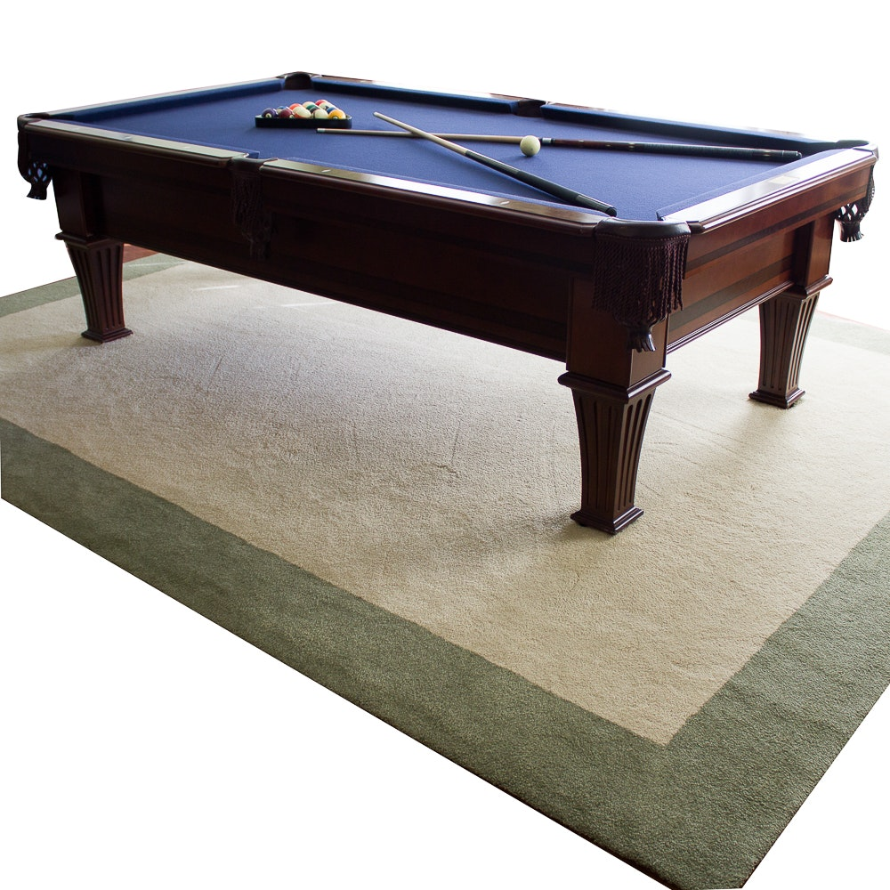 Fischer 8 Foot Pool Table And Custom Rug ...