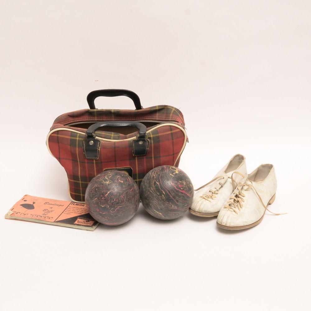 Duckpin bowling set