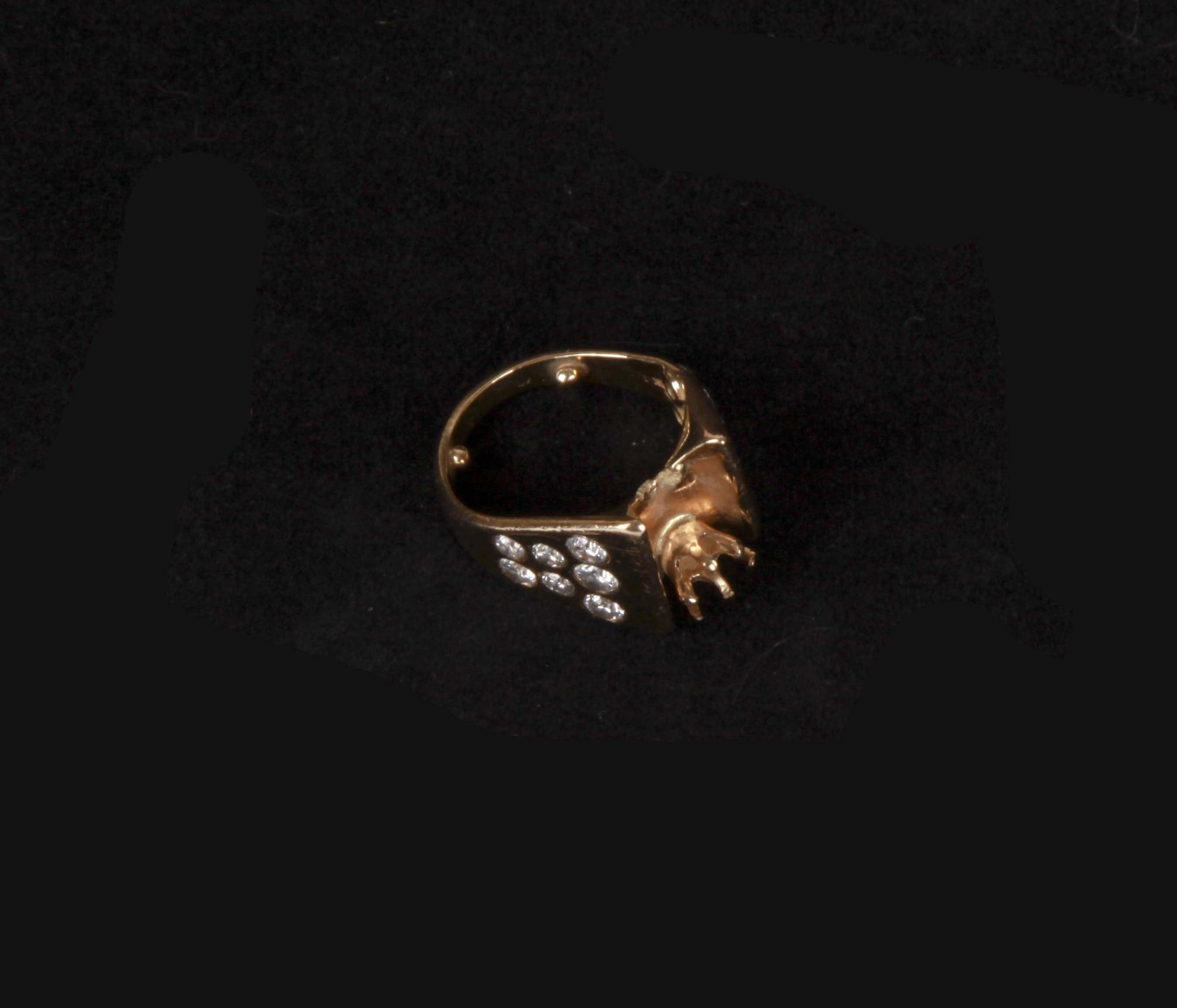 14K Gold Diamond Ring Band Ring Size 3.5