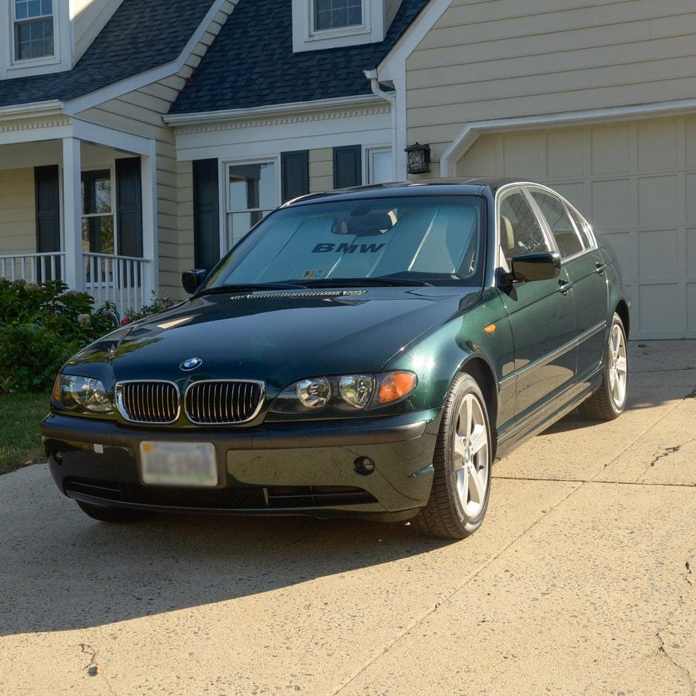 2004 BMW 330xi Sport 4-Door Sedan