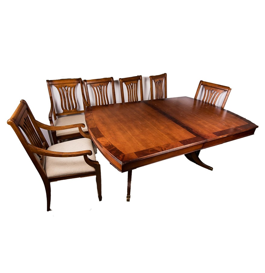 Hekman Duncan Phyfe Style Dining Table With Chairs EBTH