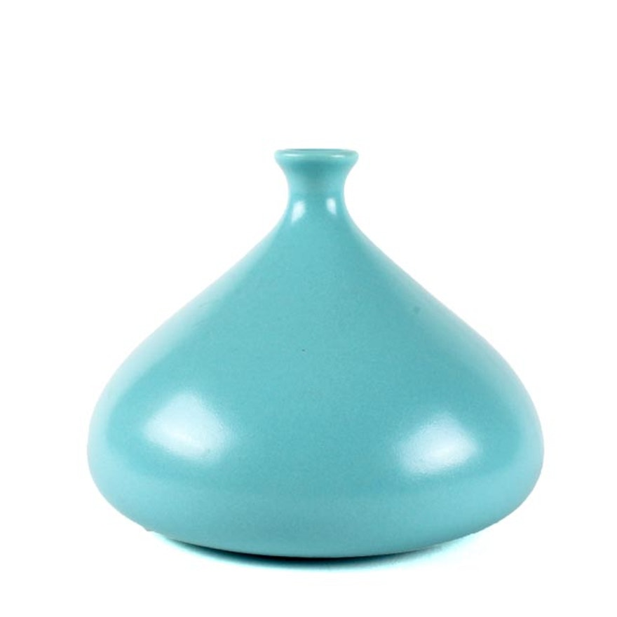 Teco Pottery Prairie School Style Blue Bud Vase Ebth