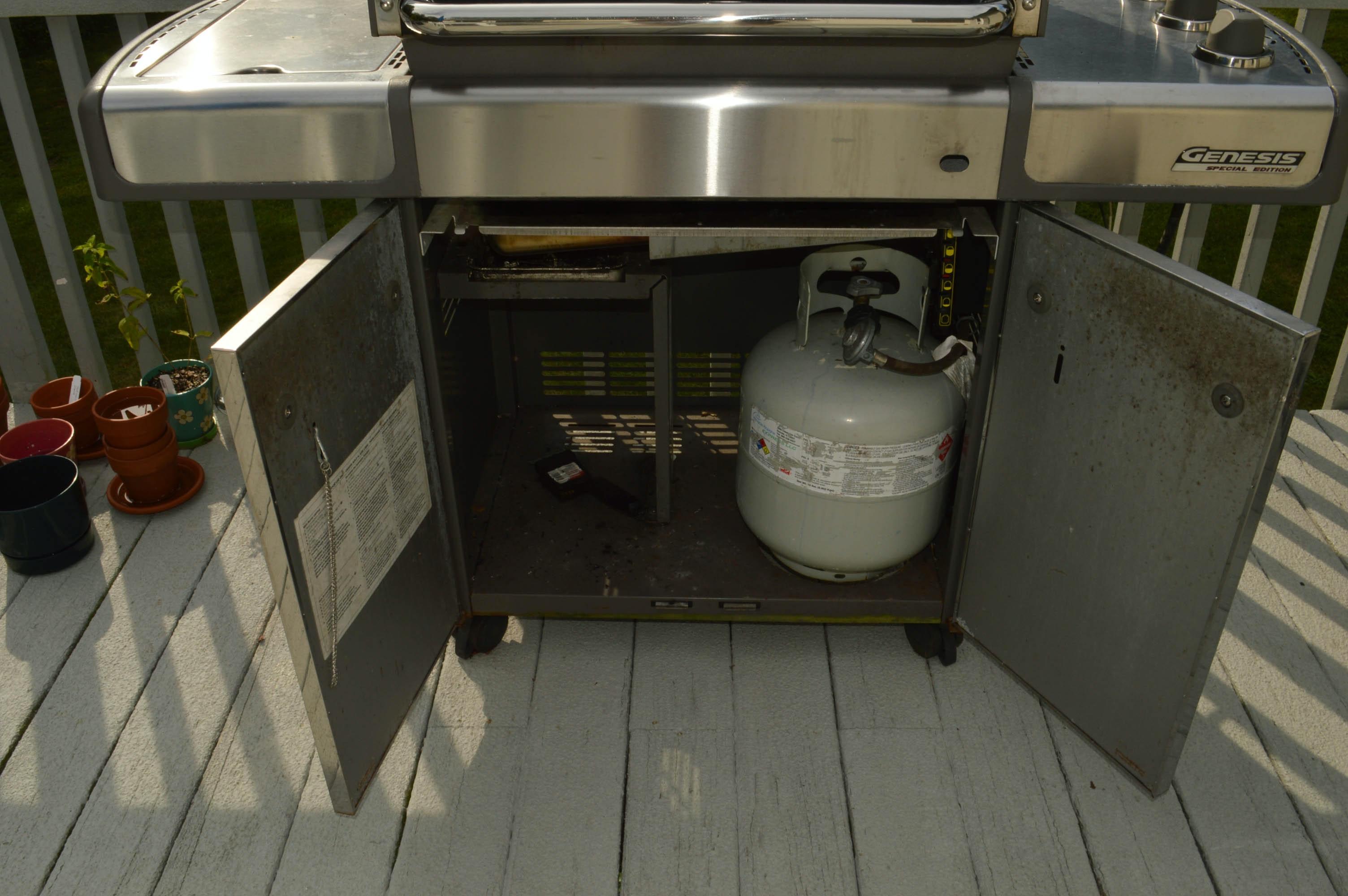 Bb Auto Sales >> Weber Genesis Special Edition Outdoor Grill : EBTH