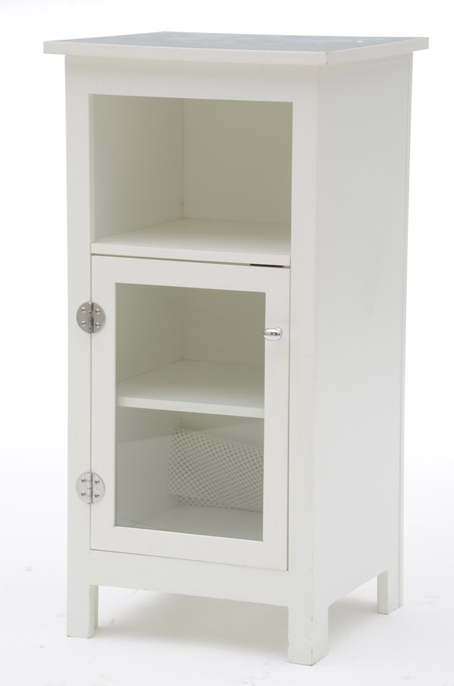 pottery barn bathroom cabinet pottery barn style white bathroom cabinet ebth 20048