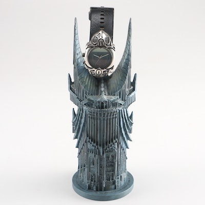 """""""The Lord of The Rings"""" Eye of Sauron Fossil Wristwatch with Holder"""