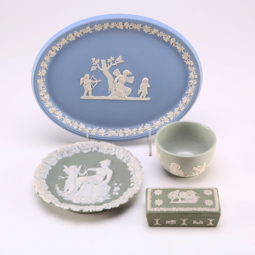 Collection of Wedgwood and Dudson Jasperware : EBTH