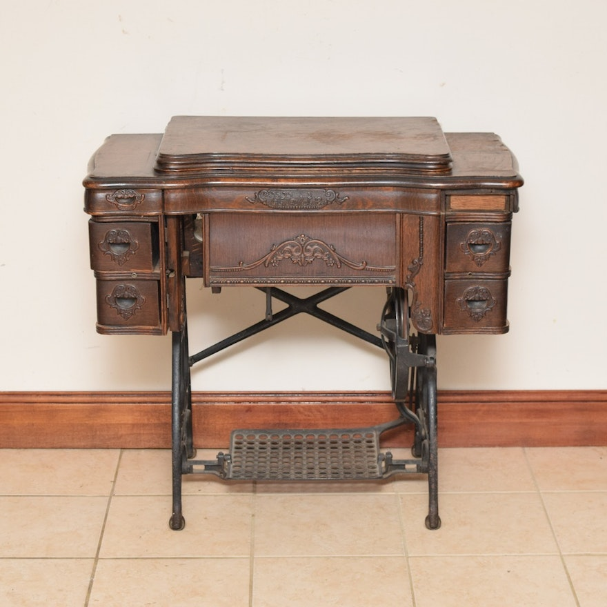 Antique White Rotary Sewing Machine In Quarter Sawn Oak Cabinet With Beauteous Antique White Rotary Sewing Machine