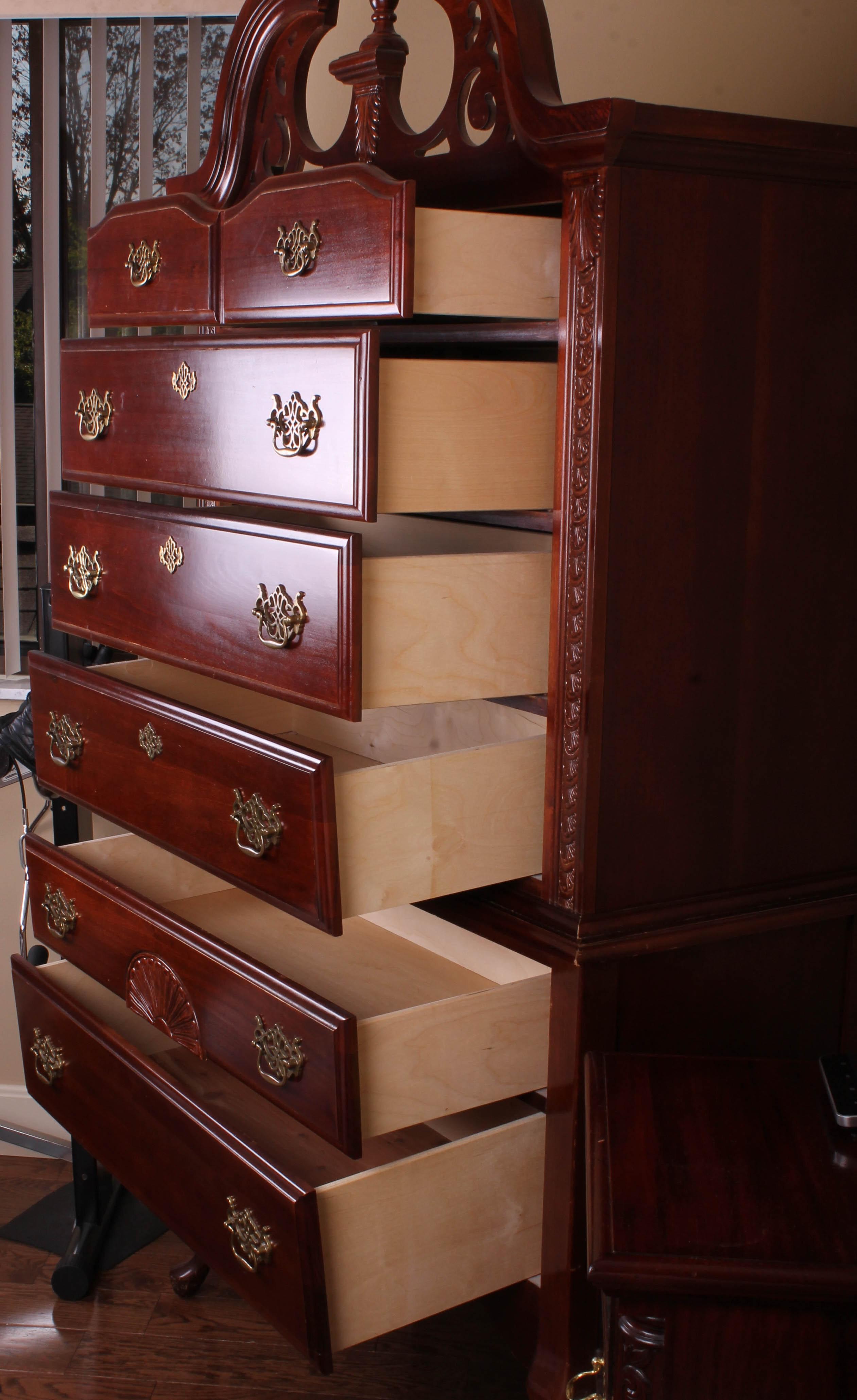 Vaughan Bassett Queen Anne Highboy Dresser : EBTH
