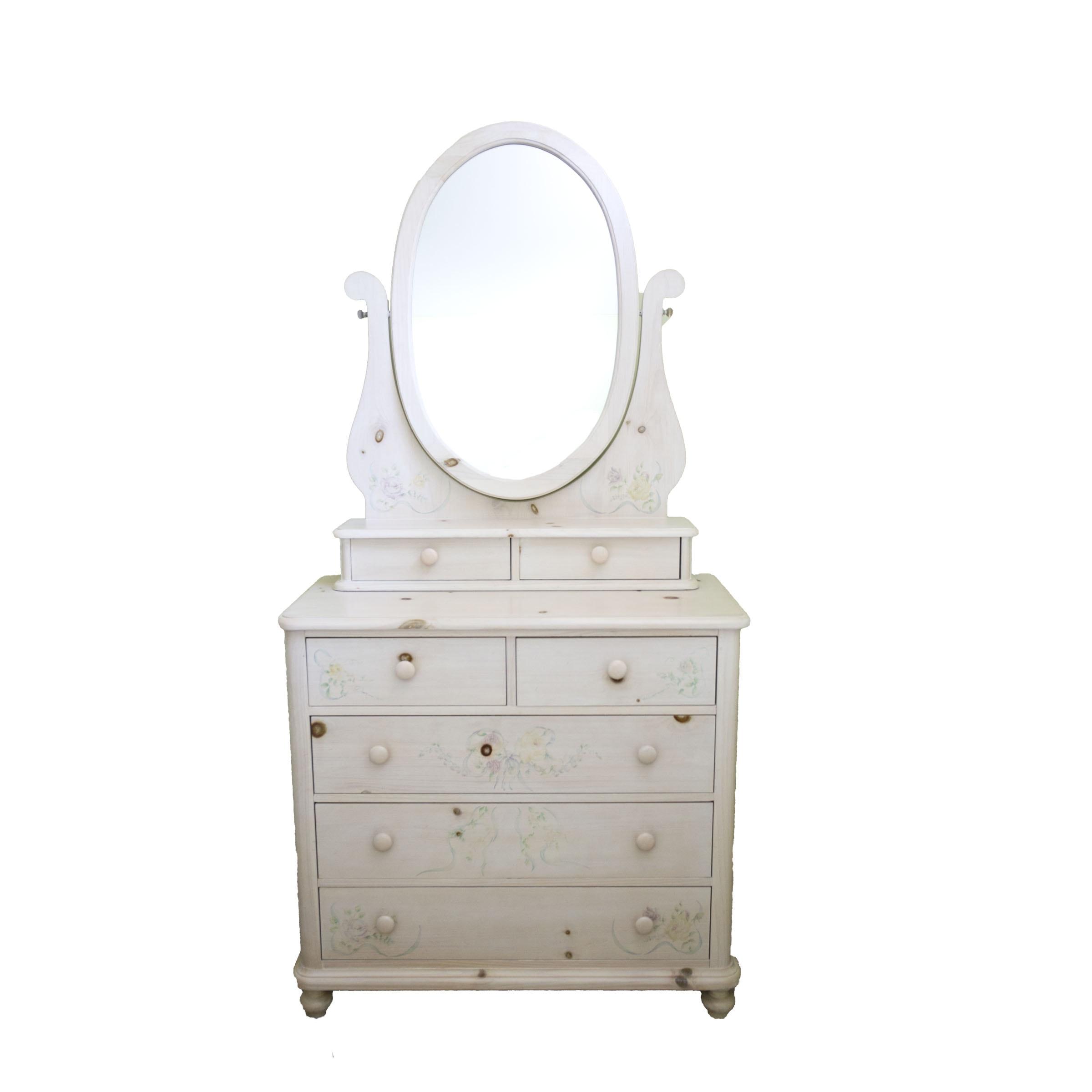 "Thomasville ""Impressions"" Vanity Dresser"