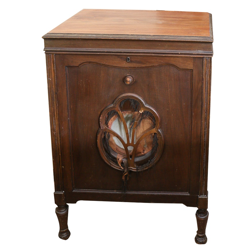 - Antique Gramophone Cabinet : EBTH