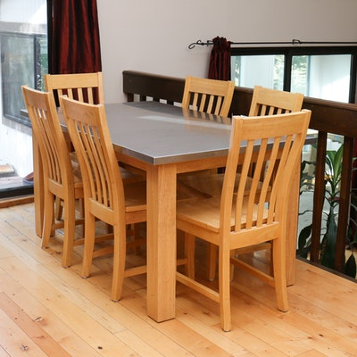 Duncan phyfe style cherry dining room table and chairs ebth for Duncan 5 dining room table