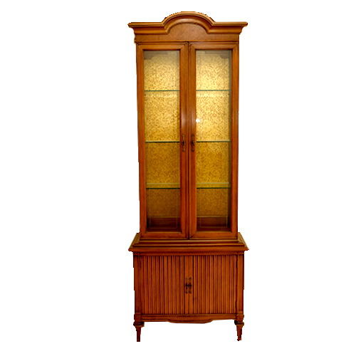 Lighted solid Wood China Cabinet : EBTH
