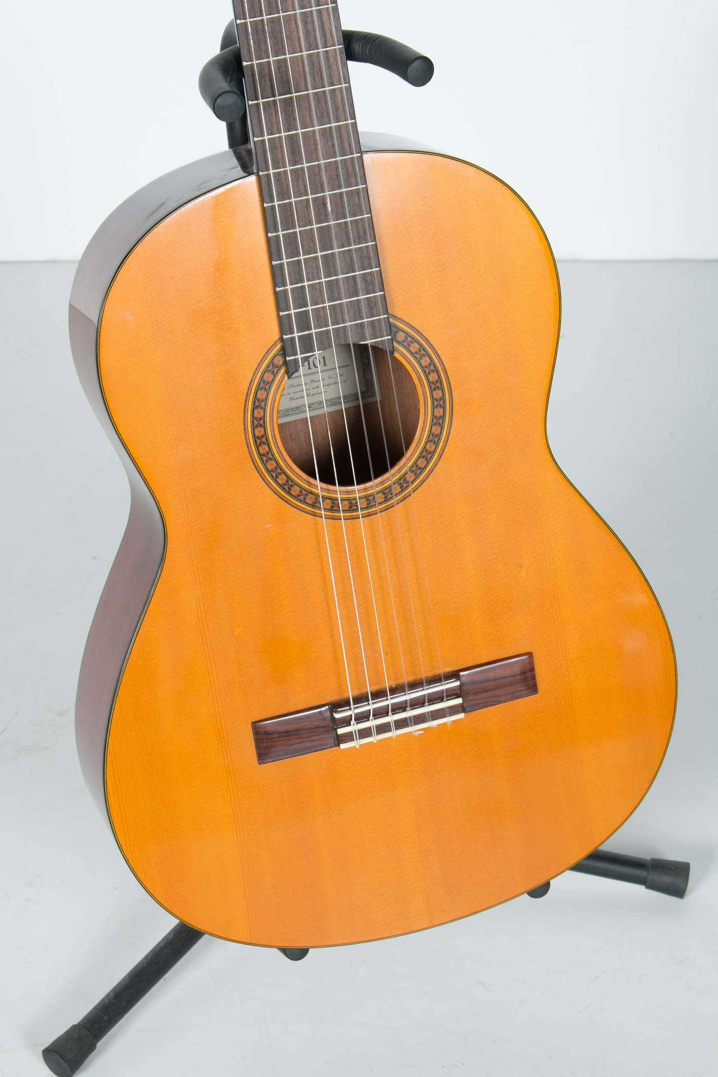 Yamaha Classical Guitar G A Tuning Pegs