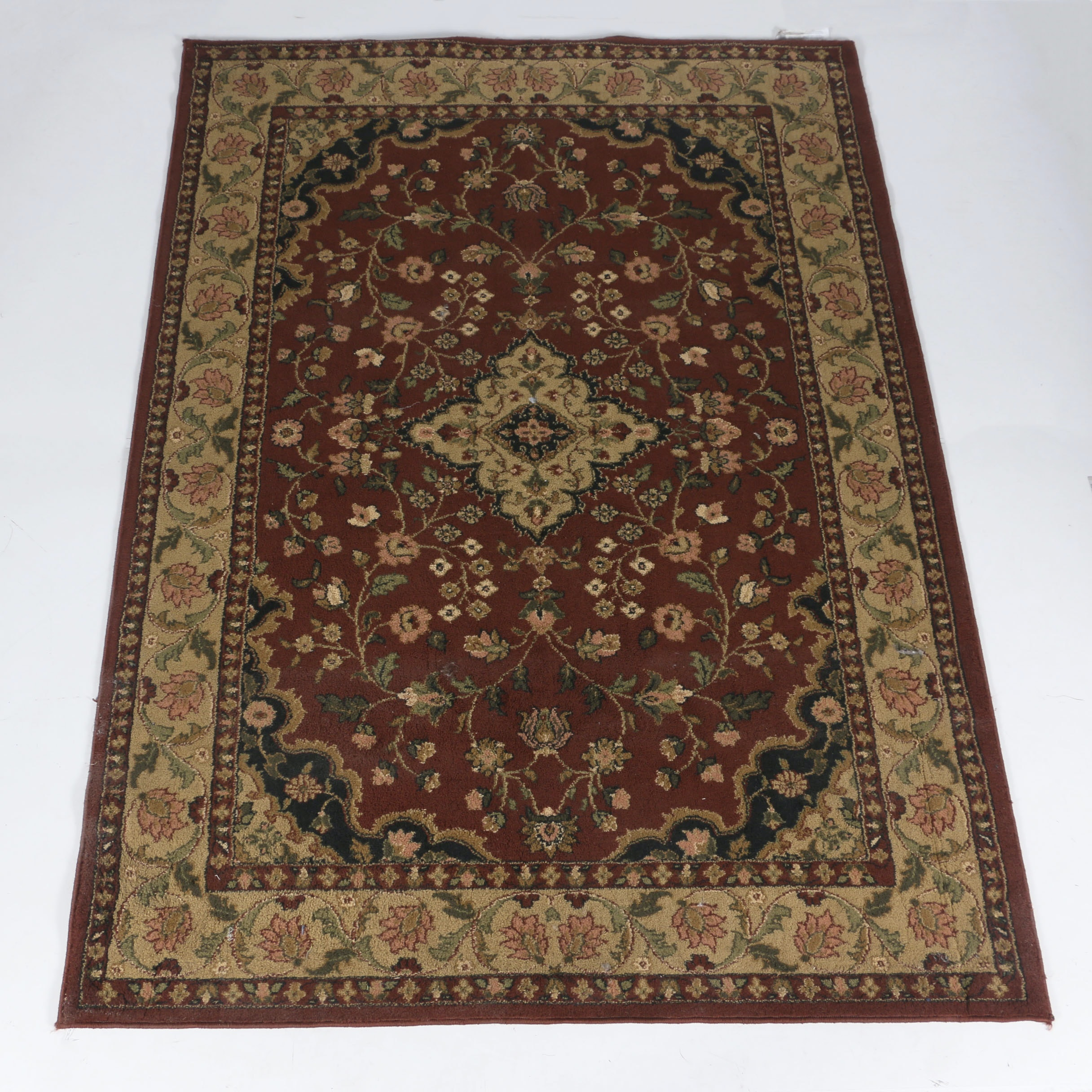 Machine Made Beaulieu Burgundy Area Rug Ebth