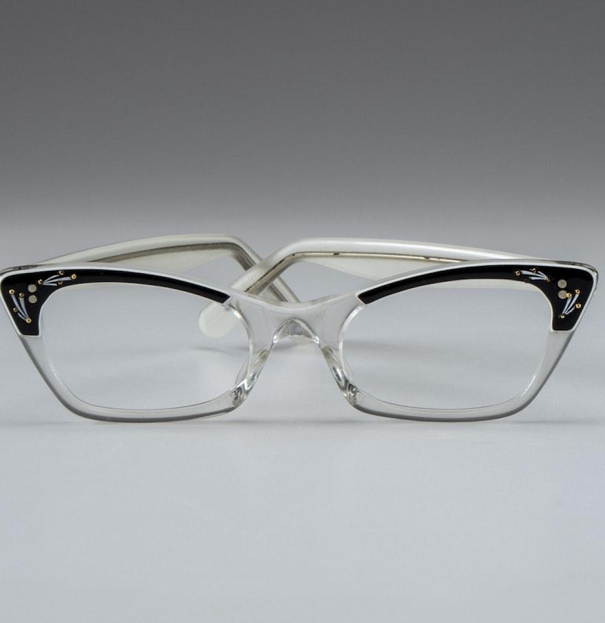 Eyeglass Frames On Consignment : Mid Century Lucite Cat Eye Glasses : EBTH