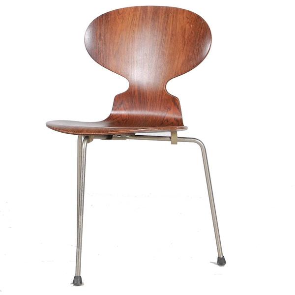 arne jacobsen ant chair by fritz hansen ebth. Black Bedroom Furniture Sets. Home Design Ideas
