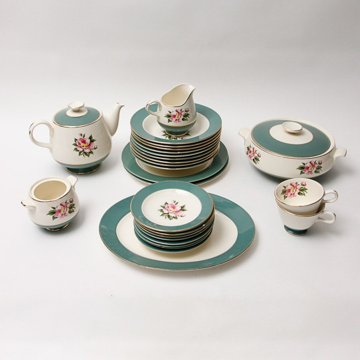 Collection of Homer Laughlin Semi Vitreous  Dinnerware ... & Collection of Homer Laughlin