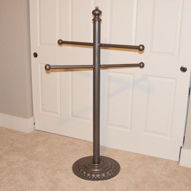 Hot Tub Or Pool Pedestal Towel Rack Ebth