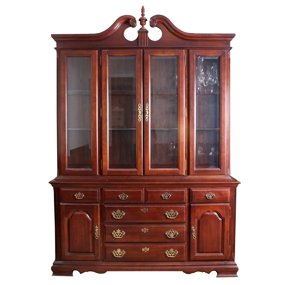 Traditional Colonial Style China Cabinet by Broyhill