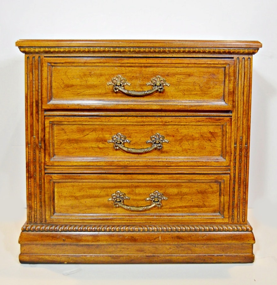 Davis Furniture Three Drawer Traditional Style Chest EBTH