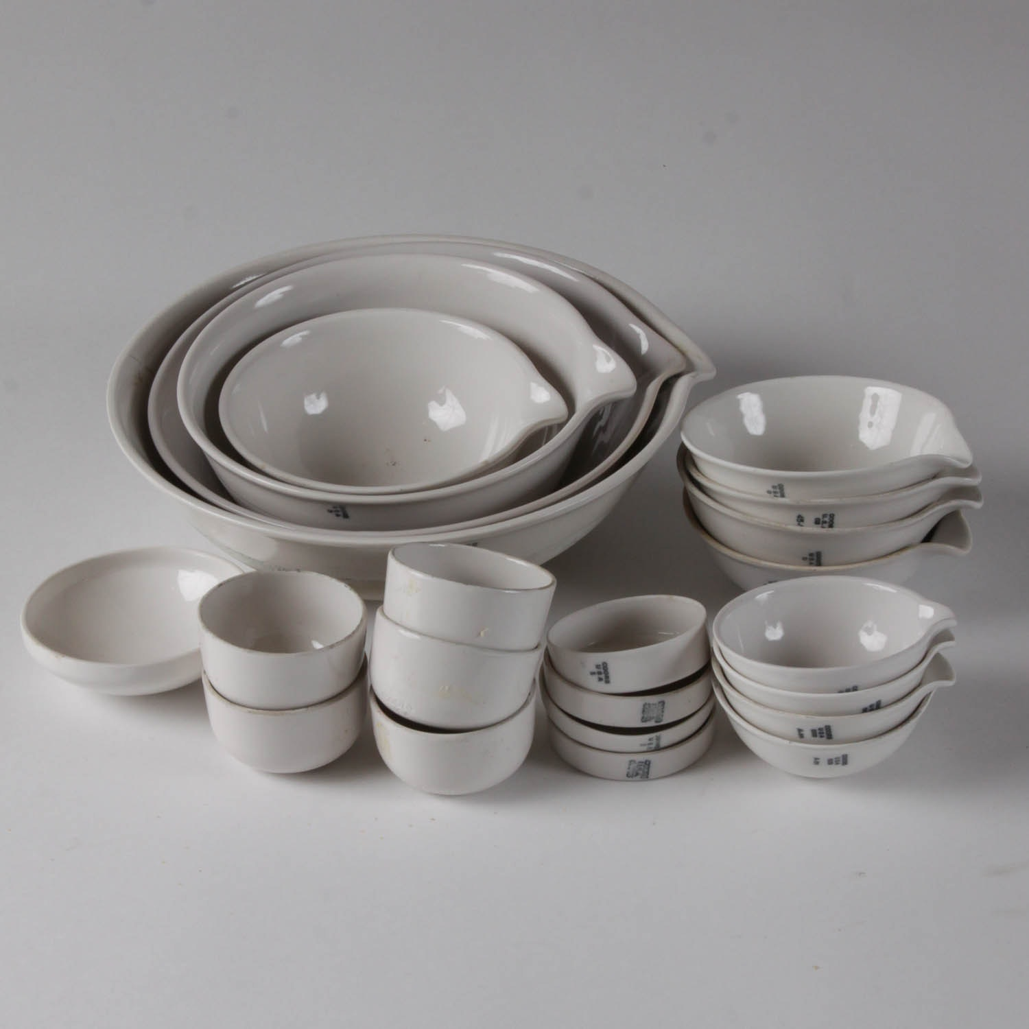 Collection of Vintage Coors Porcelain Evaporating Dishes