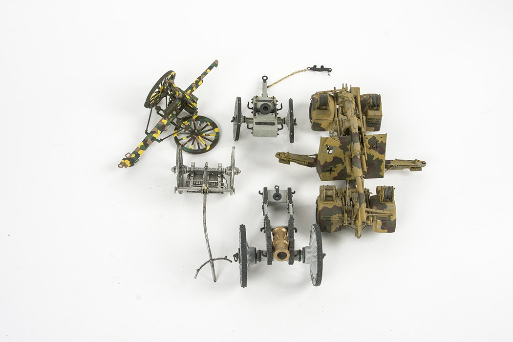 Model Replica Artillery Carts and Carriages