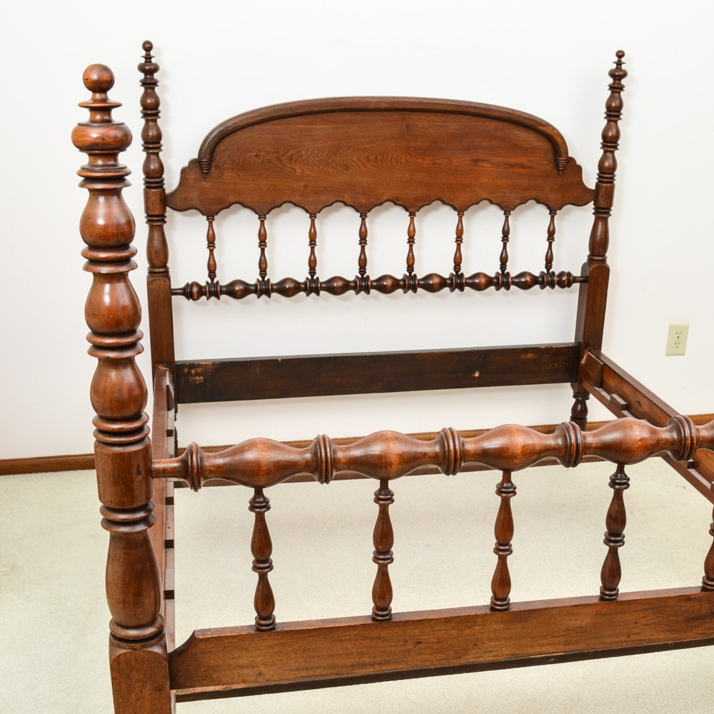 Four post queen size bed frame for sale for Queen size bed frames for sale
