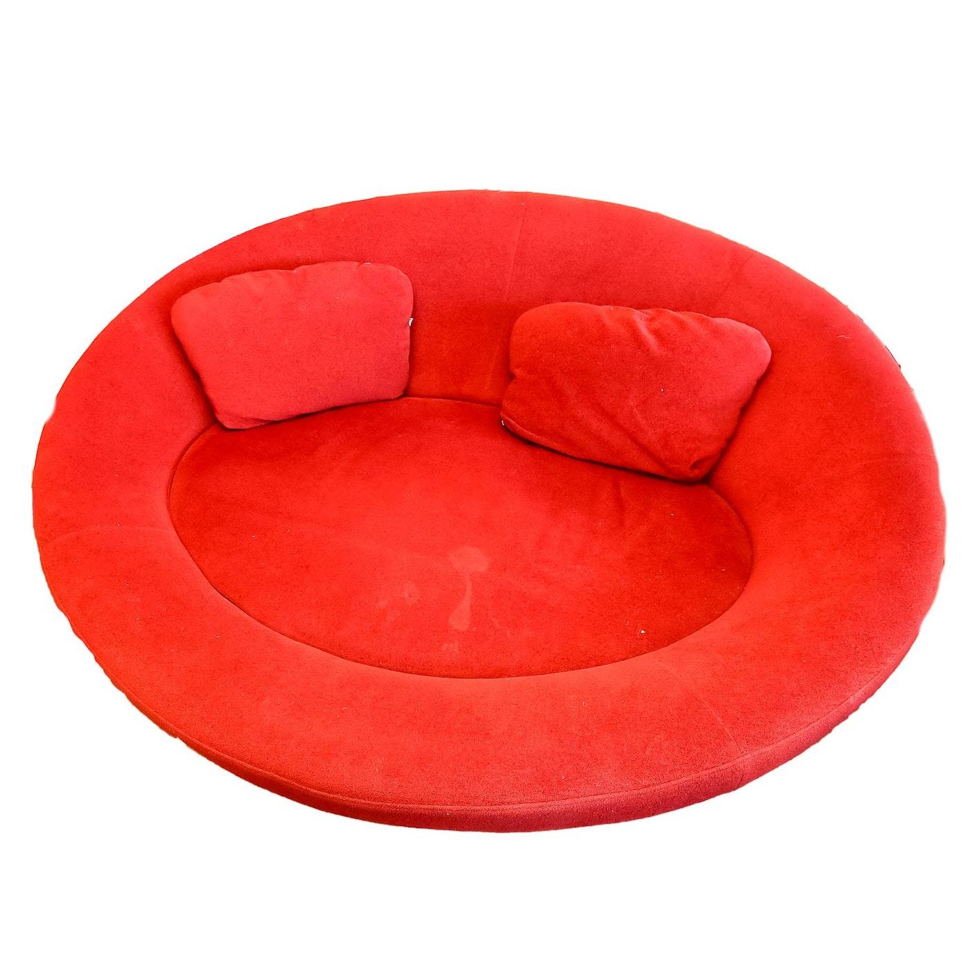 red contemporary oval sofa ebth. Black Bedroom Furniture Sets. Home Design Ideas