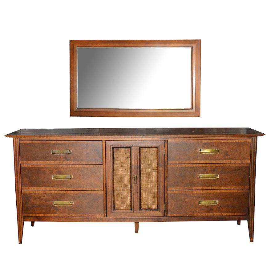 mid century modern dresser with mirror by stanley ebth. Black Bedroom Furniture Sets. Home Design Ideas