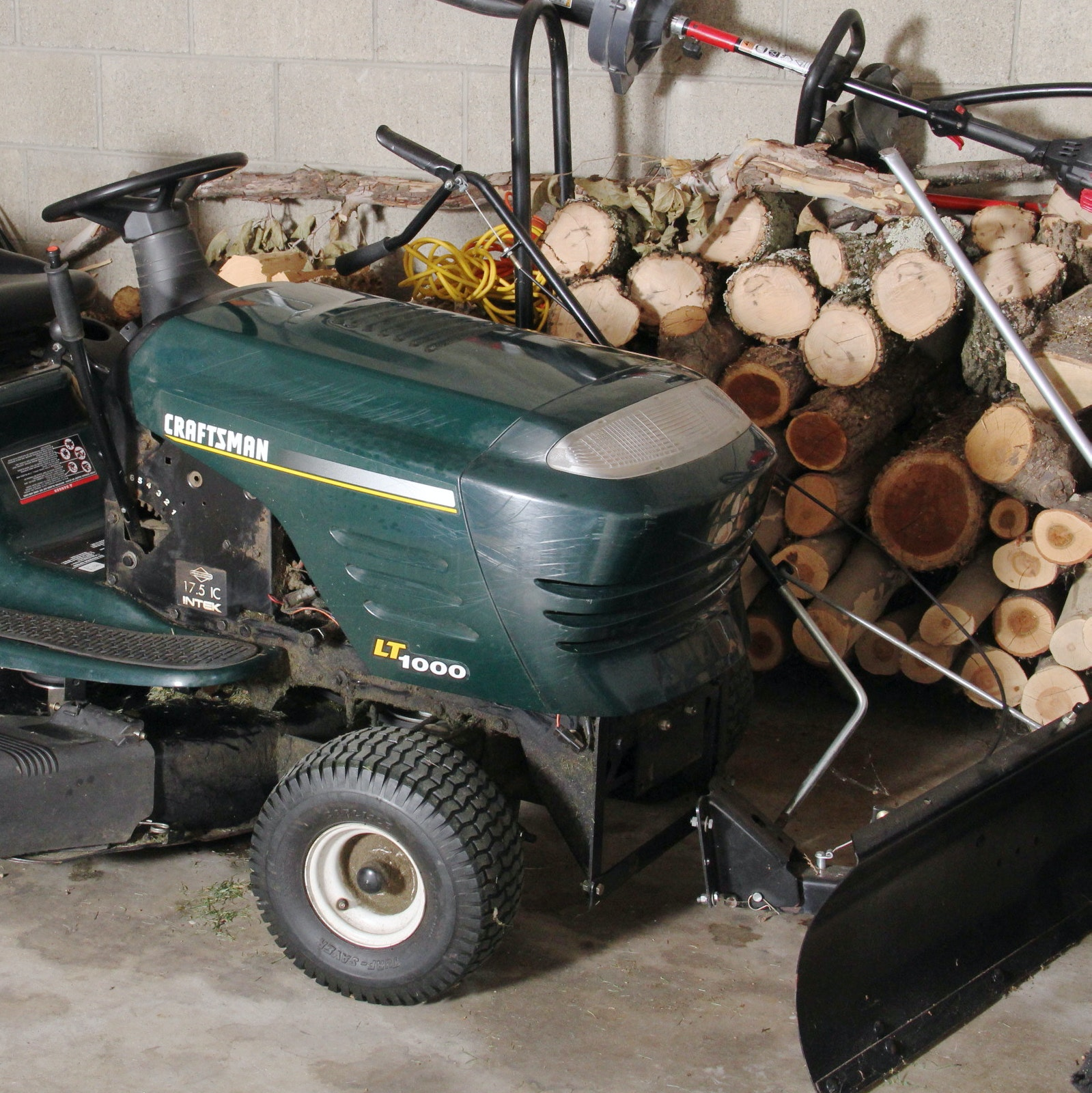 """Craftsman LT1000 42"""" Riding Lawnmower and Snow Plow Attachment"""