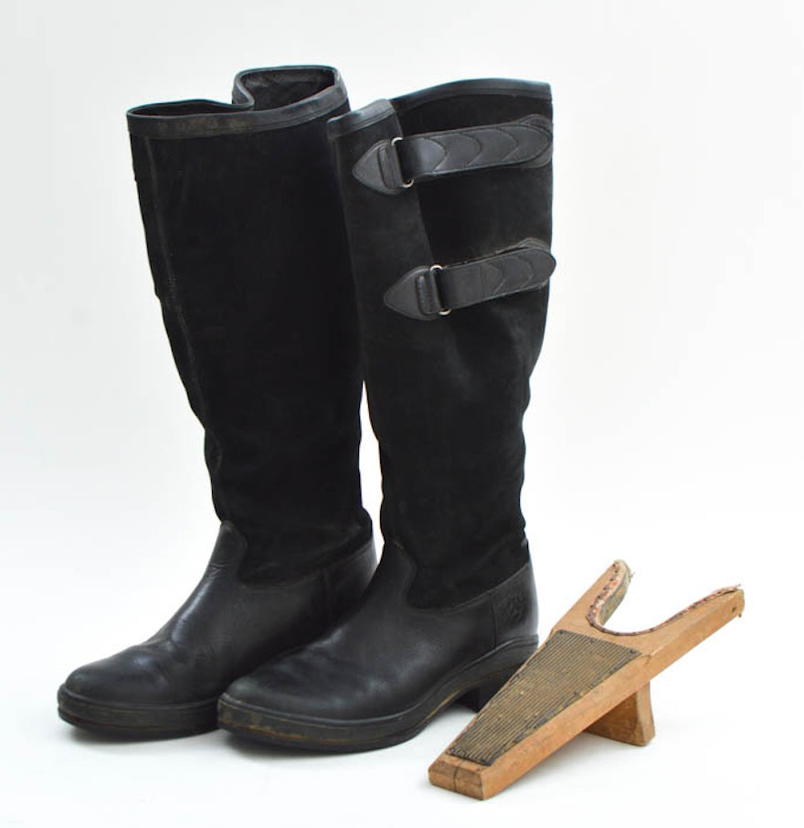 Pair of Ariat Winter Riding Boots and a Boot Remover : EBTH