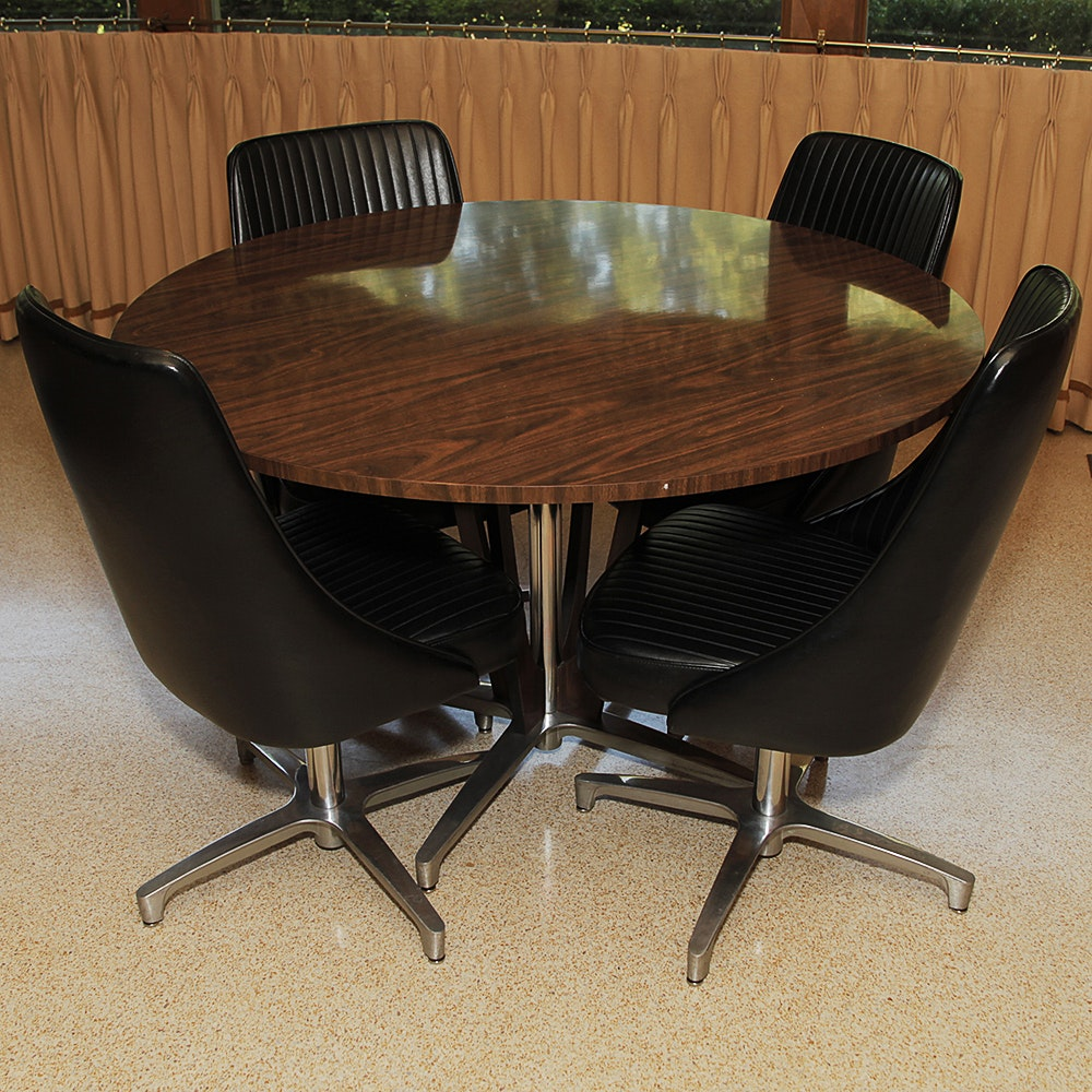 "Chromcraft Dinettes: Mid Century Modern ""Decorables"" Dinette Table And Chairs"