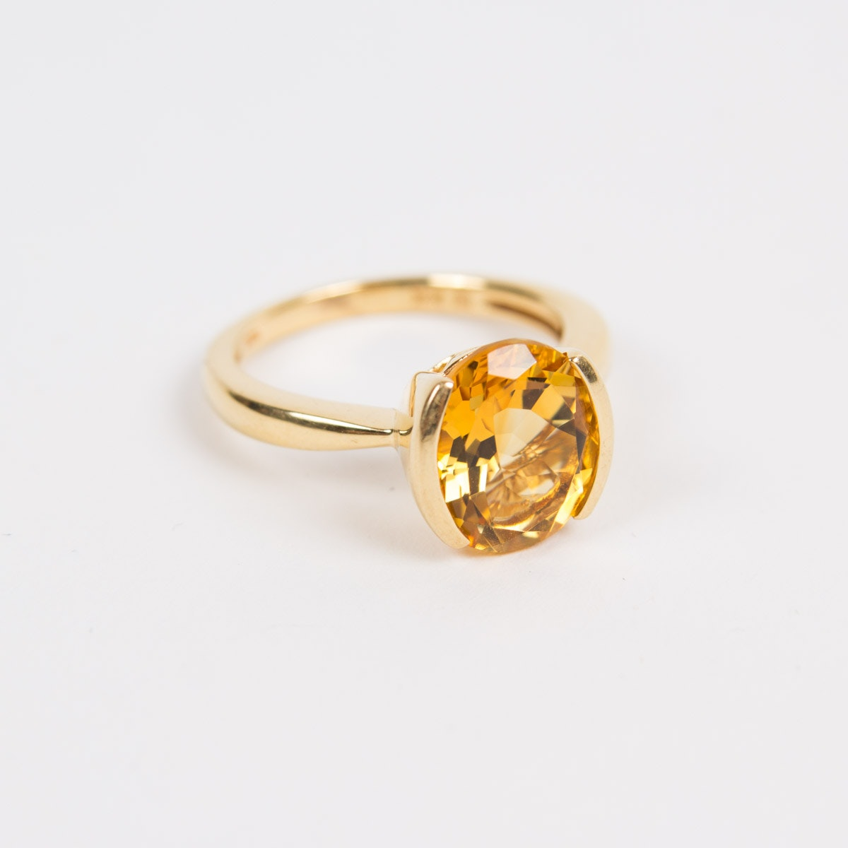 18K Gold and Citrine Ring, Size 8-1/4