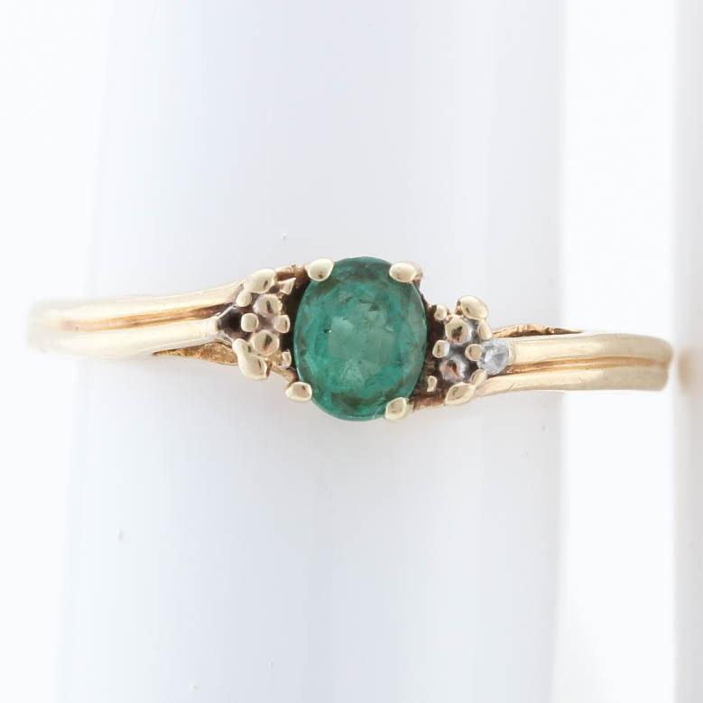10K Yellow Gold Diamond Emerald Ring