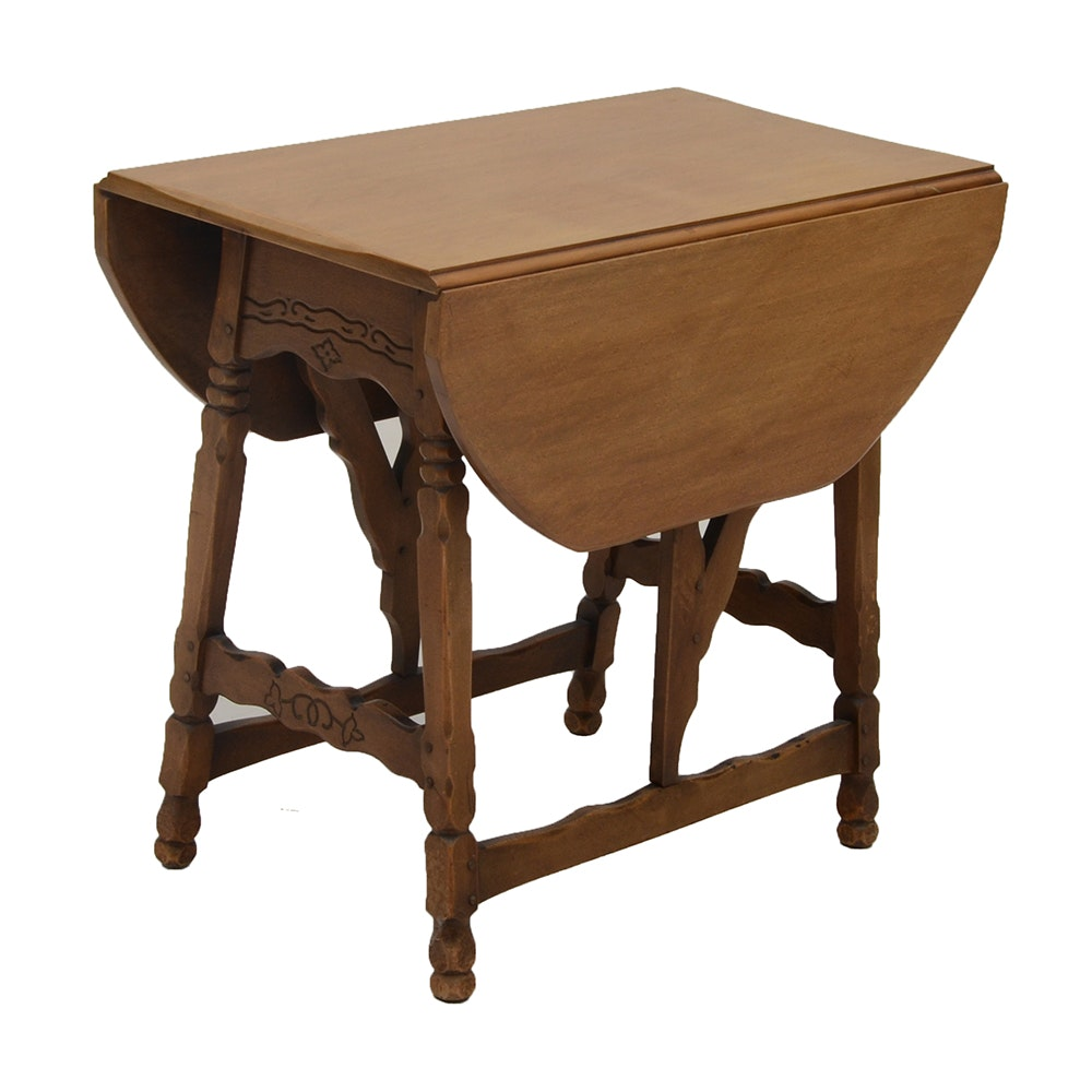 Perfect Vintage Country Style Drop Leaf Table By Robert Mitchell Furniture Co.