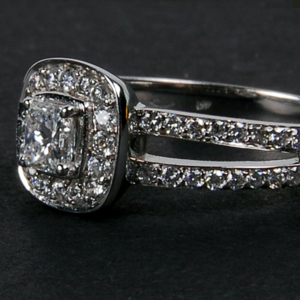 Korloff 18 Karat White Gold 0.29 CT Diamond Engagement Ring