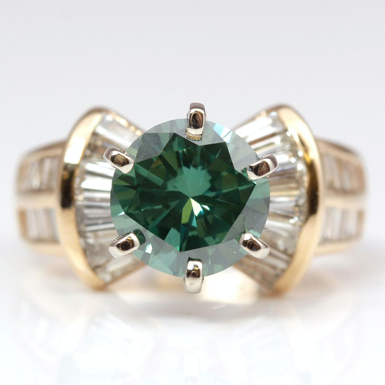 14K Yellow Gold Green Diamond Ring
