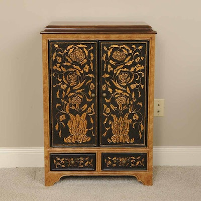 Asian Inspired Small Cabinet - Vintage And Antique Cabinets Auction In Art, Traditional Furnishings
