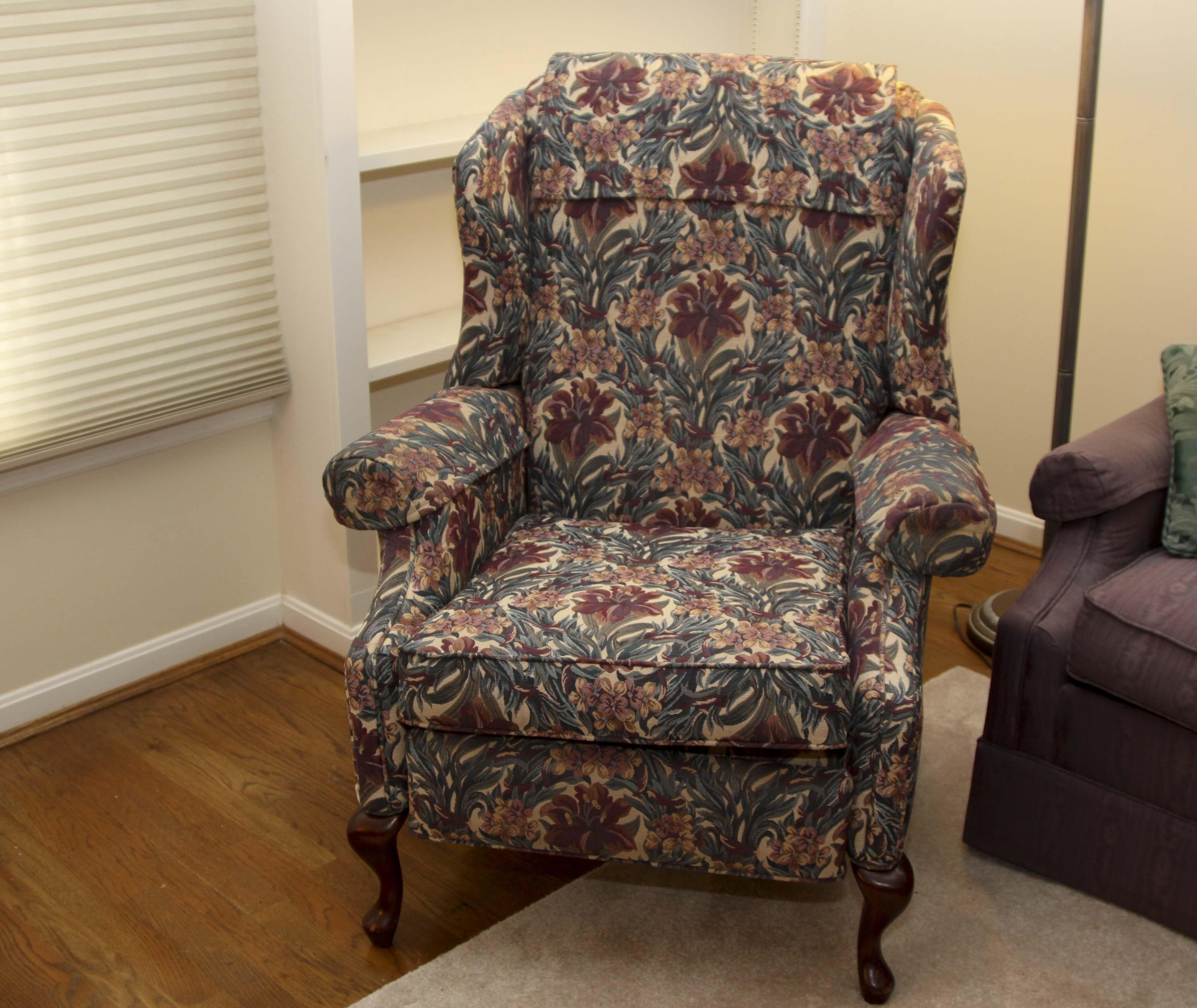 Queen Anne Style Recliner Chair By Norwalk Furniture ...