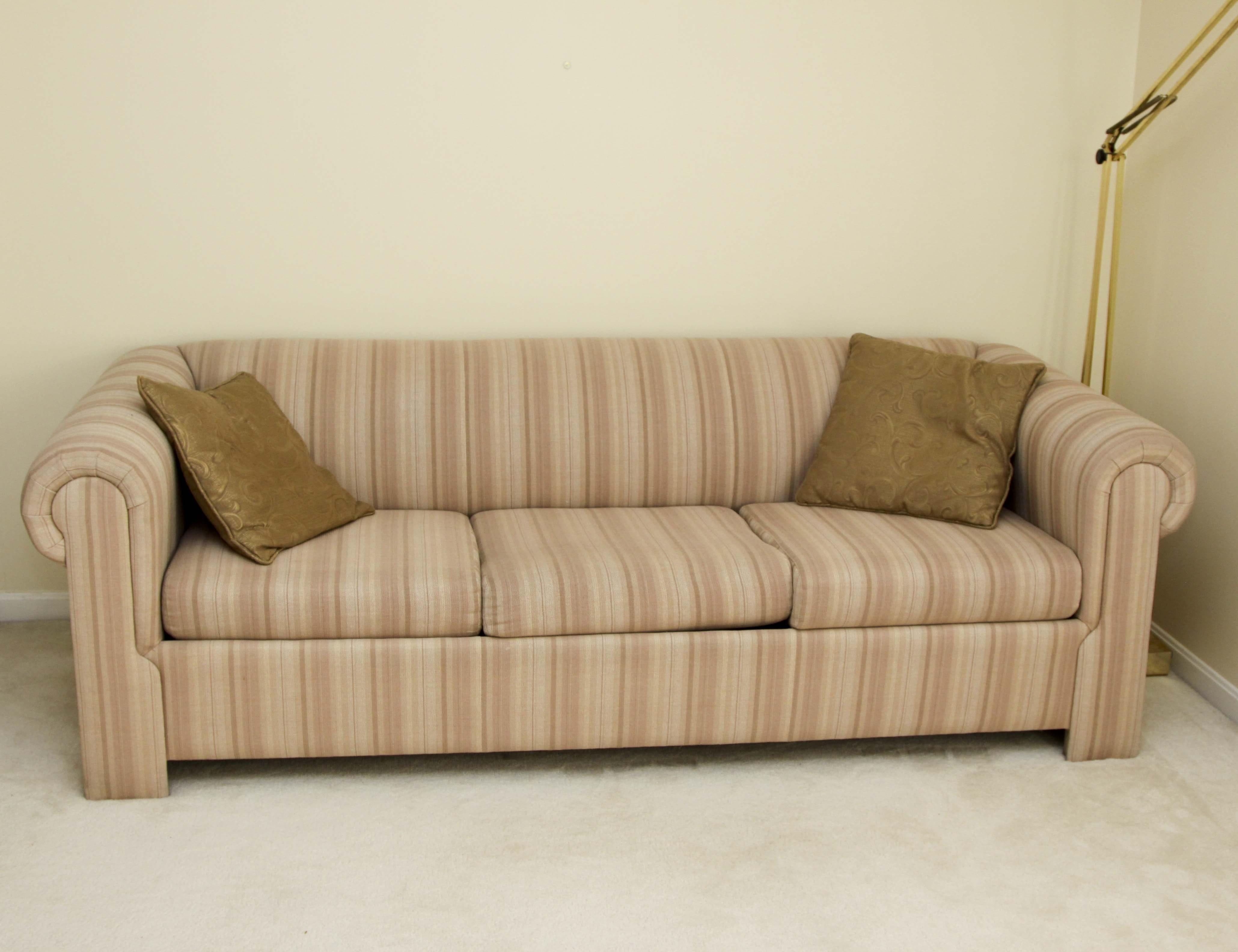Vintage Sofas Antique Settees Retro Loveseats and Antique Chaises EBTH