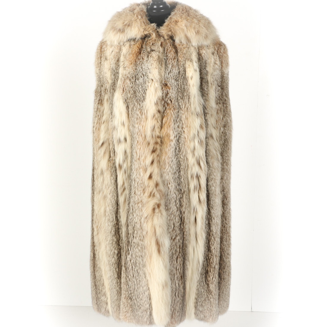 Women's Lynx Fur Cape