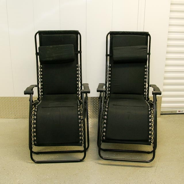 Pair of Folding Lounge Chairs