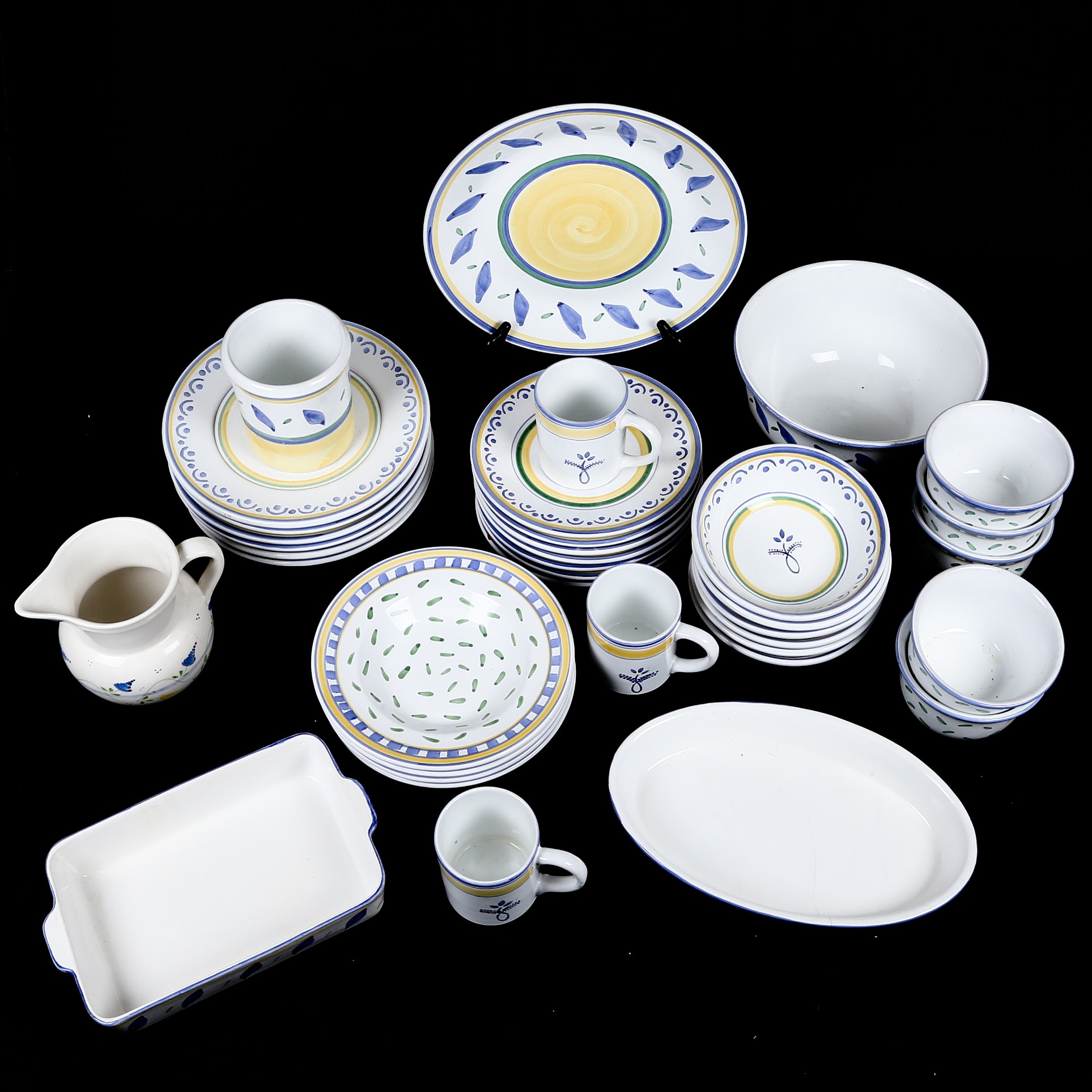 Williams-Sonoma Marisol Tournesol Tableware ...  sc 1 st  EBTH.com & Williams-Sonoma Marisol Tournesol Tableware : EBTH